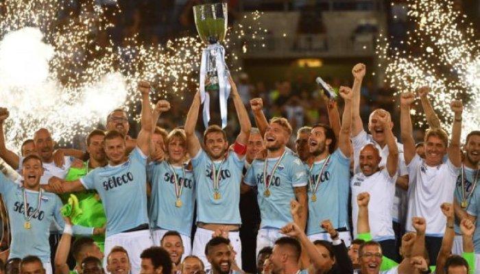 La Lazio alza la Supercoppa italiana 2017