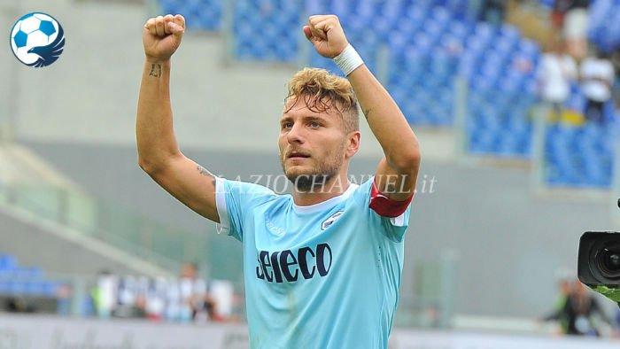 Immobile esulta dopo i 3 gol a Lazio Milan