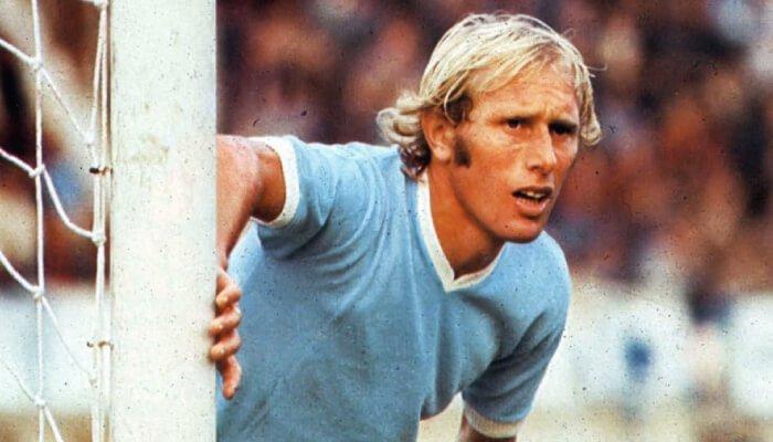 Luciano Re Cecconi centrocampista della Lazio del primo scudetto 1973-74
