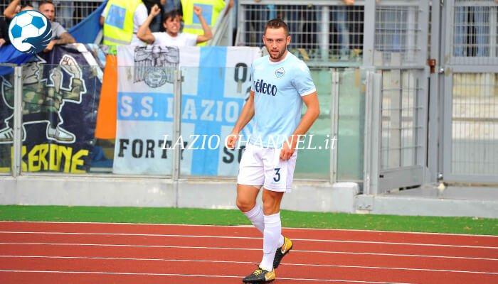Stefan de Vrij con la maglia della Lazio