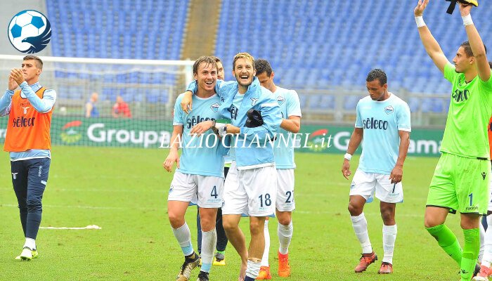 Patric e Luis Alberto esultano dopo Lazio Sassuolo