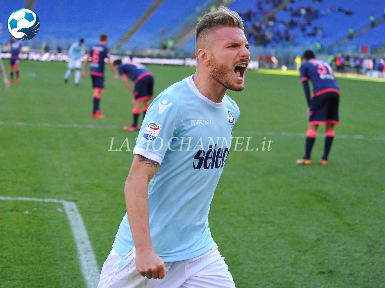 Immobile ruggisce dopo il gol contro il Crotone