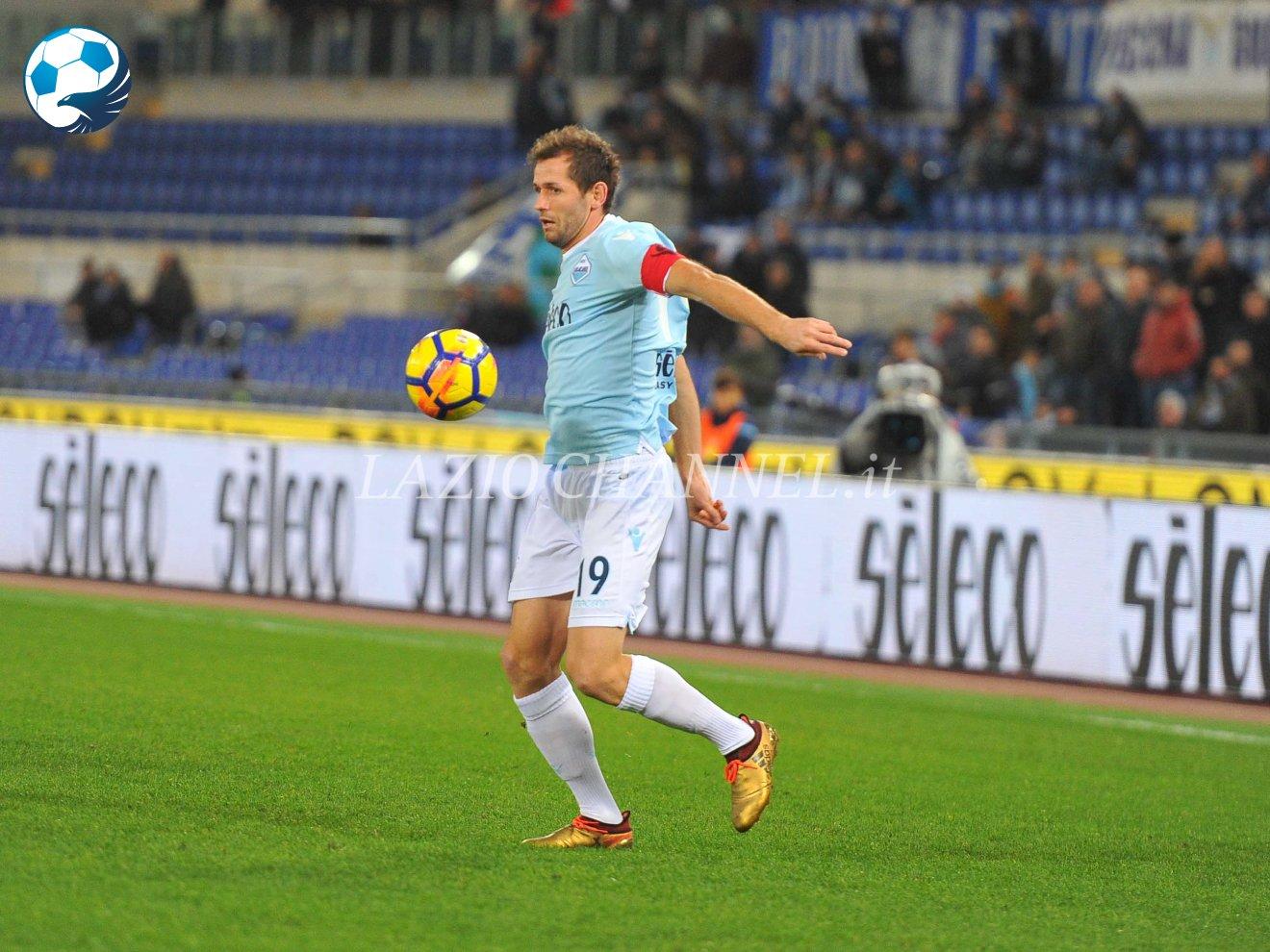 Lulic in azione in Lazio Torino