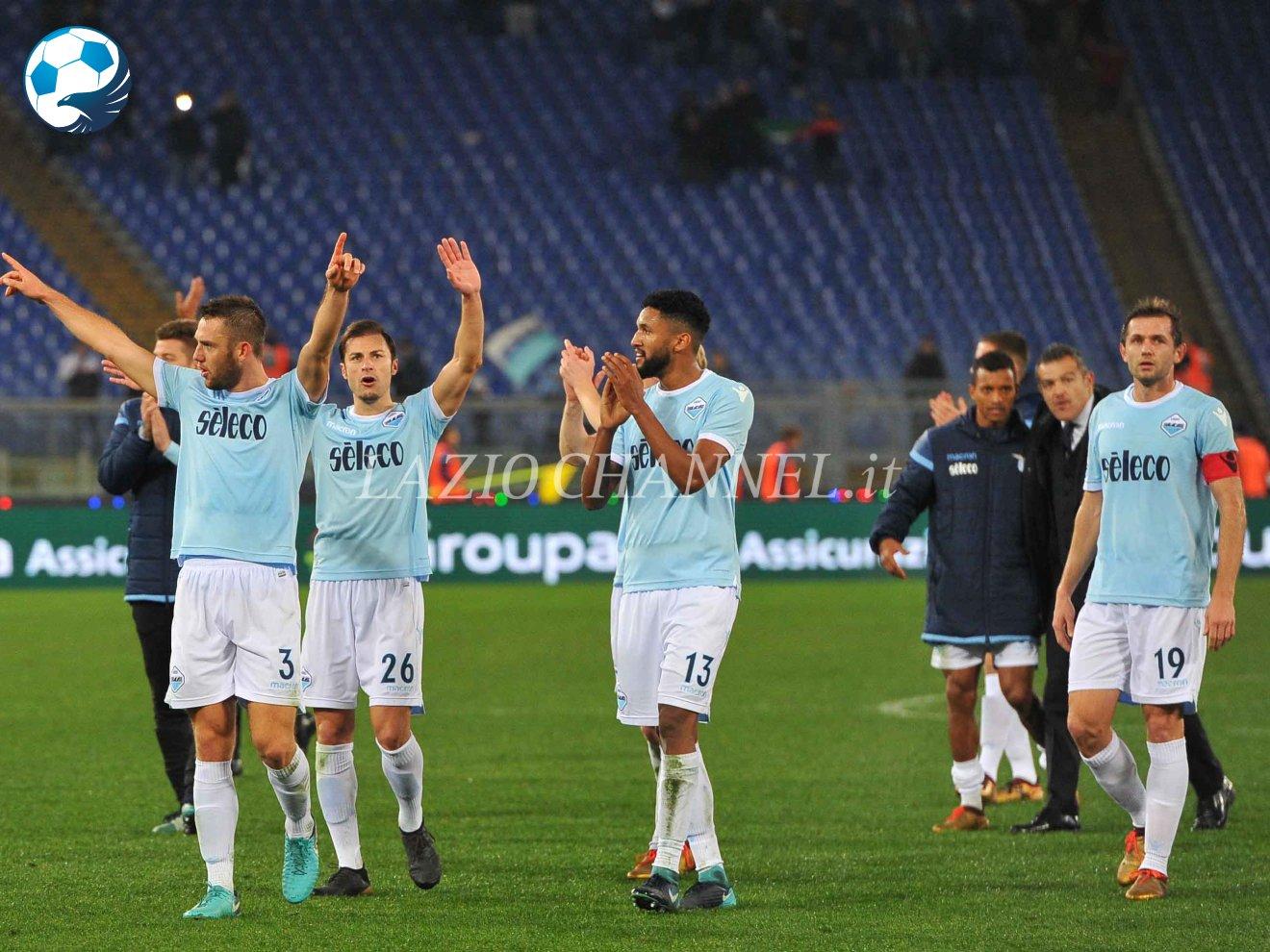 I giocatori della Lazio esultano
